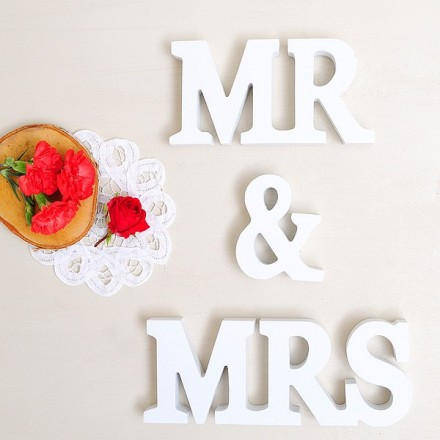 Letras Mr & Mrs en blanco